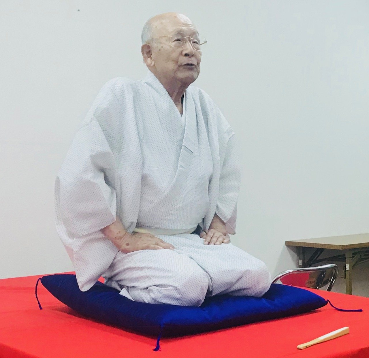 Hasshow, the oldest English Rakugo performer in the world.